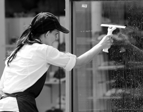 Mycie okien - sprzątanie w Ustroniu Morskim